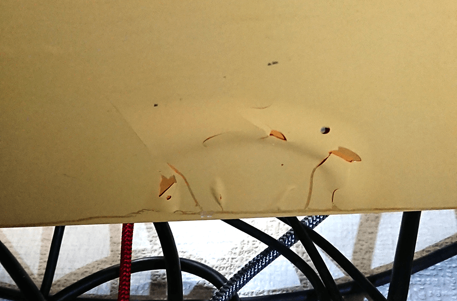 天板裏がボロボロになった